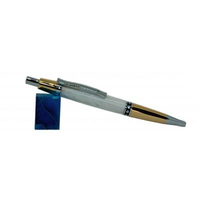 Maple Leaf pen