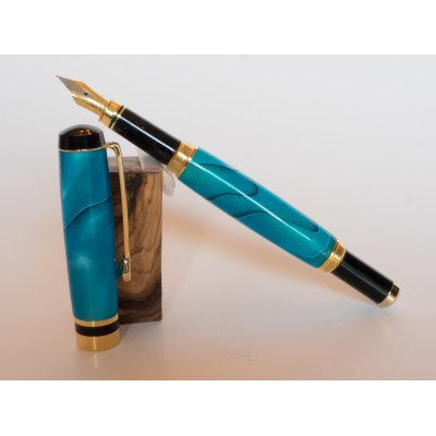 Flat top fountain pen